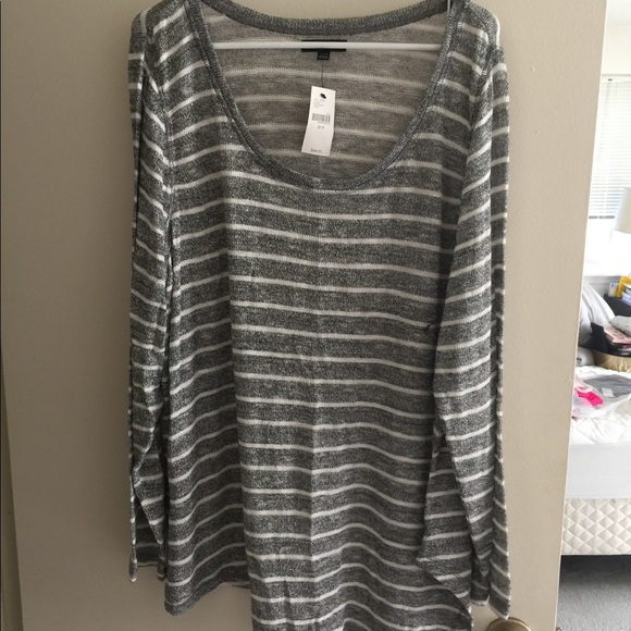 Lane Bryant Sweaters - NWT Sparkly Hacci sweater! Lane Bryant size 22/24